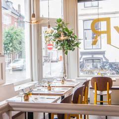 restaurant syr is geschilderd met de kleuren ashes en yellow eetkamer door pure original