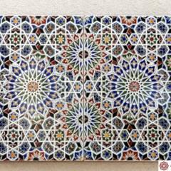 Efektowny dekor na  Twojej ścianie: styl klasyczne, w kategorii Domy zaprojektowany przez Cerames