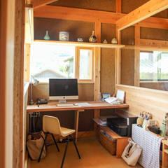 長崎 五島 / 伝統工法の小さな家: HAGが手掛けた書斎です。