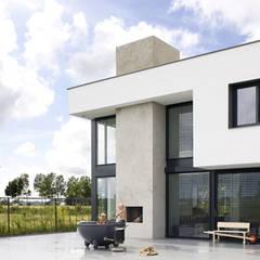 buitenhaard:  Villa door Archstudio Architecten | Villa's en interieur