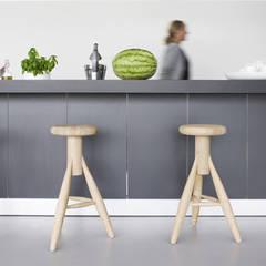 keuken:  Keukenblokken door Archstudio Architecten | Villa's en interieur