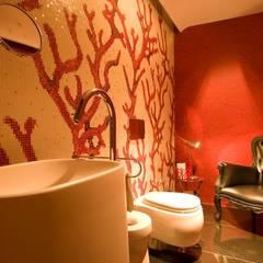 CASA MF: Baños de estilo  por Complementos C.A.