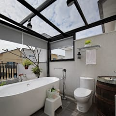 隨意隨心,恰如其分的空間:  浴室 by 楊允幀空間設計
