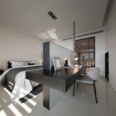 Dormitorios de estilo  por 楊允幀空間設計