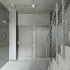 共有部、1階各住戸の入口。: atelier mが手掛けたアプローチです。