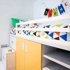 Vivienda Vila-Real: Dormitorios infantiles de estilo  de NUVART