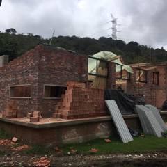 Casa Privada - Guasca - Cundinamarca: Casas campestres de estilo  por Bustos + Quintero arquitectos