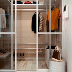 Dressing room by Студия NATALYA SOLNTSEVA Interiors Design