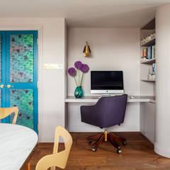 Art Deco Inspired Riverside Flat : Bermondsey:  Study/office by Cassidy Hughes Interior Design