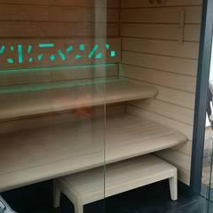 Wnętrze sauny Best Line : styl nowoczesne, w kategorii Spa zaprojektowany przez Sauna Line Sp. z o.o.