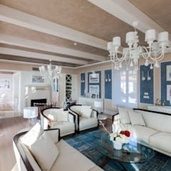Salas / recibidores de estilo mediterraneo por Studio D73
