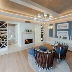 Villa Olivia, una residenza di lusso con vista mozzafiato sull'Egeo e spiaggia privata: Soggiorno in stile  di Studio D73
