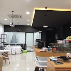 Green Space:  Văn phòng & cửa hàng by CÔNG TY TNHH THIẾT KẾ VÀ XÂY DỰNG GREEN SPACE