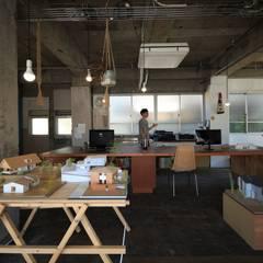 Nozaki Plan: の ざ き 設 計が手掛けたオフィススペース&店です。,ラスティック