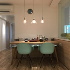 Design & Build: New HDB @ Sumang Link (Eclectic):  Dining room by erstudio Pte Ltd,Eclectic