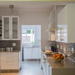 :  Kitchen units by Ergo Designer Kitchens and Cabinetry