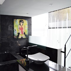 APARTAMENTO CIRCUNVALAR: Baños de estilo  por santiago dussan architecture & Interior design, Ecléctico