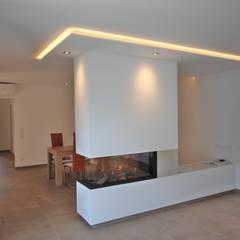 Bungalow | Kempen:  Wohnzimmer von Queck - Elektroanlagen