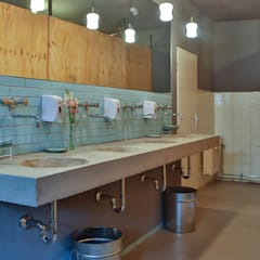 Hotelzimmer 4null5 im Grandhotel-Cosmopolis.org Ausgefallene Veranstaltungsorte von michael adamczyk - architekt und stadtplaner Ausgefallen Beton