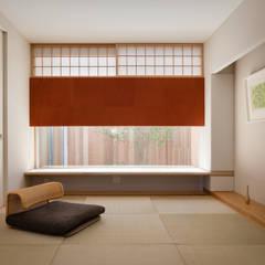 ROUNDSCAPE: 内海聡建築設計事務所が手掛けた和室です。,北欧