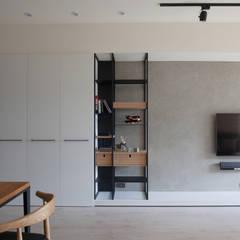 新竹-東方明珠-清水模黑灰白質感宅:  客廳 by 極簡室內設計 Simple Design Studio