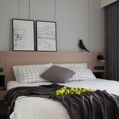 新竹-東方明珠-清水模黑灰白質感宅:  臥室 by 極簡室內設計 Simple Design Studio