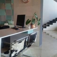 Nueva Tienda Grupo Creto, C.A.: Oficinas de estilo  por Grupo Cretto, C.A, Minimalista Cuarzo