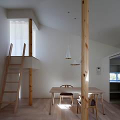 اتاق غذاخوری توسطacaa, مدرن چوب Wood effect