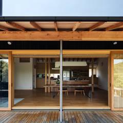 Windows by 神家昭雄建築研究室