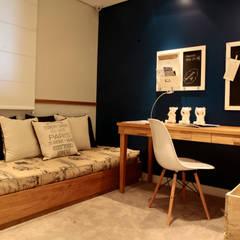 Dormitório solteiro: Quartos  por SP Arquitetos