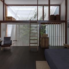 MA HOUSE:  Phòng ngủ by GERIRA ARCHITECTS