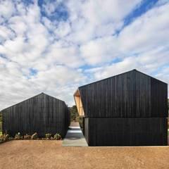 Casas de madeira  por รับเขียนแบบบ้าน&ออกแบบบ้าน