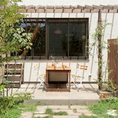 庭: こぢこぢ一級建築士事務所が手掛けた庭です。