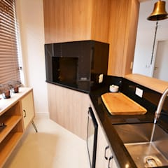 Reforma churrasqueira: Armários e bancadas de cozinha  por Ana Sekulic Arquitetura