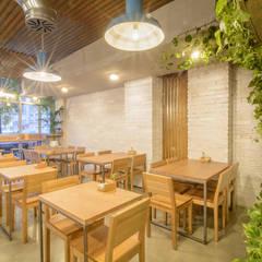 Restaurante Alawa: Bares y discotecas de estilo  por Ópera de Domingo