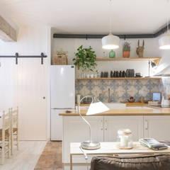 Cocina Abierta: Cocinas de estilo  por Ópera de Domingo