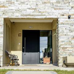 Casa 205: Casas de estilo  por Papillon Arquitectura
