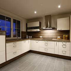 Einbauküche:  Küche von Stritt