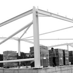 Lojas e Espaços comerciais industriais por Grupo Norma Industrial
