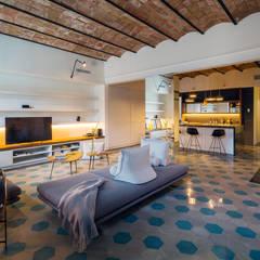 nghệ nhân kiến trúc:  Phòng khách by Nghệ nhân Kiến trúc