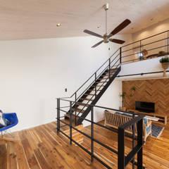 Living Room4: STaD(株式会社鈴木貴博建築設計事務所)が手掛けたリビングです。