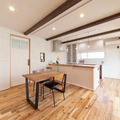 Dining Kitchen: STaD(株式会社鈴木貴博建築設計事務所)が手掛けたダイニングです。