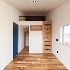 Master Bed Room: STaD(株式会社鈴木貴博建築設計事務所)が手掛けた寝室です。