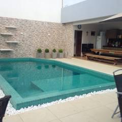 Garden Pool by Jorge Júnior Arquitetura