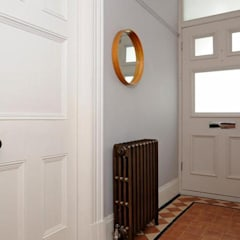 Edwardian House:  Corridor & hallway by Fawn Interiors Studio