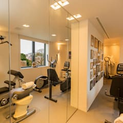 Exeter Penthouse:  Gym by Intelligent Abodes Limited