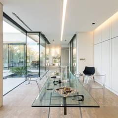 ART: Salle à manger de style  par Brengues Le Pavec architectes