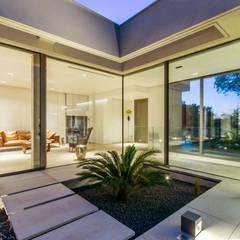 ART: Terrasse de style  par Brengues Le Pavec architectes