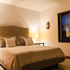 Habitación Secundaria 1/2: Habitaciones de estilo  por Tejero & Ángel Diseño de Interiores
