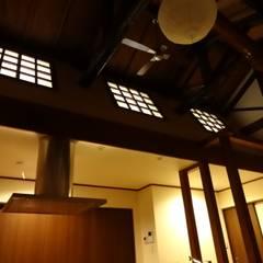 築60年古民家改修:  合同会社インテリくん  インテリくん1級建築士事務所が手掛けたダイニングです。